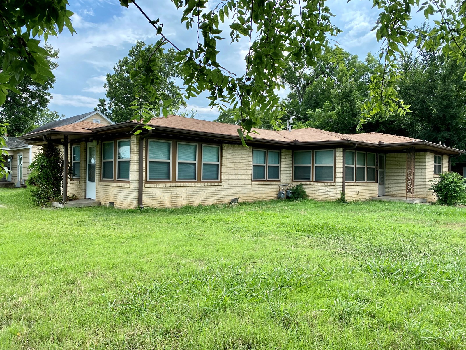 RENTAL INCOME PROPERTY FOR SALE IN SOUTHERN OKLAHOMA