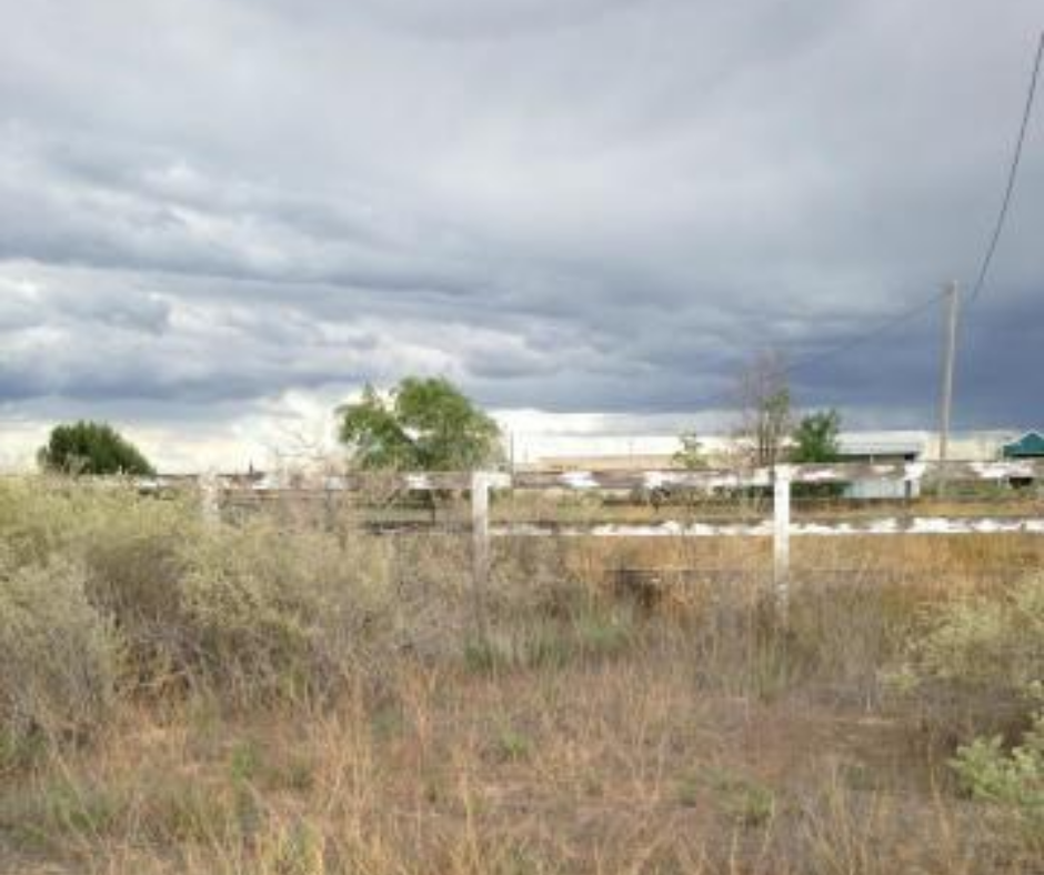 Moriarty New Mexico 2 acre residential tract for sale.