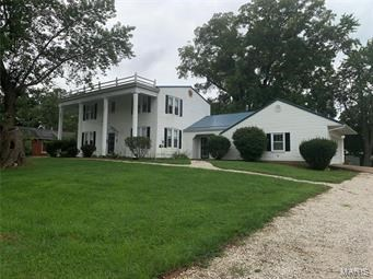 2-STORY HISTORIC HOME W/MANY UPDATES