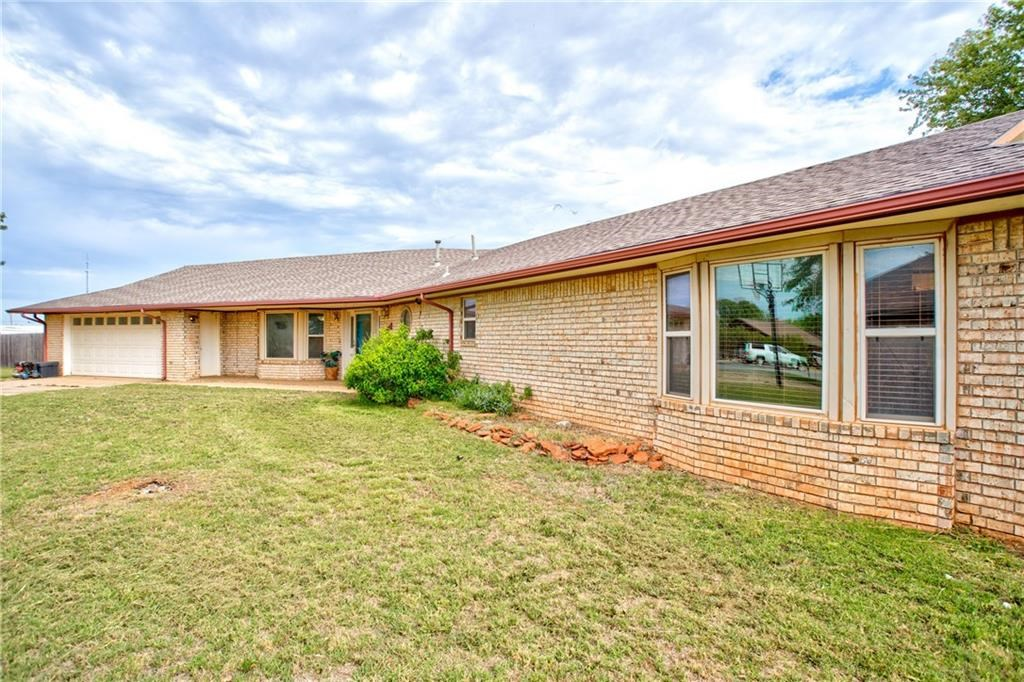 3 BED 2 AND HALF BATH HOME FOR SALE IN CORDELL