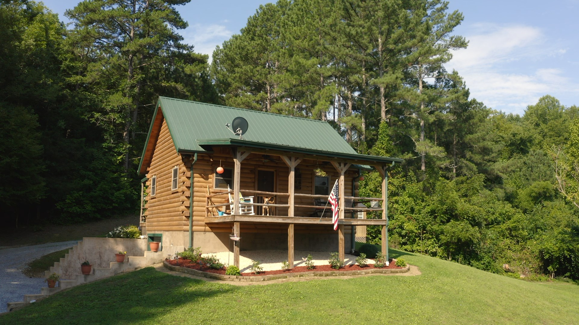 Log cabin on 32 acres for sale in East Tennessee Greene Co.
