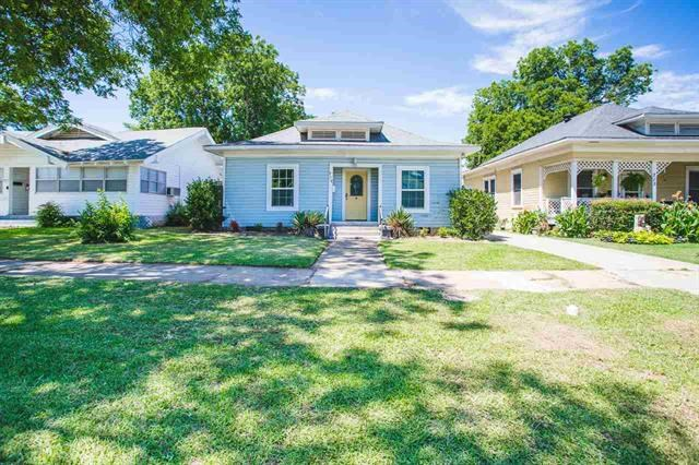 Historic home with modern updates in SouthWest Ardmore