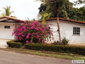 HOUSE FOR SALE IN LAS BOUGANVILLAS CORONADO PANAMA