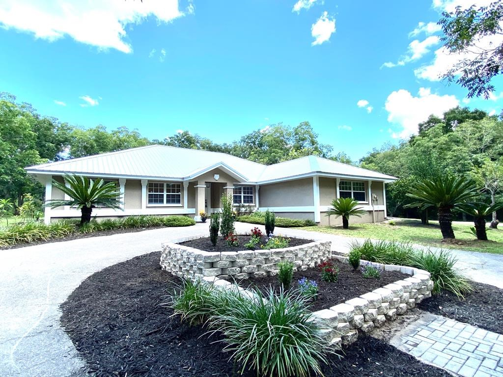 REMODELED 3/2 HOME IN ALACHUA COUNTY, FL