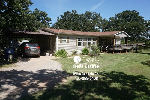Country Home on 42.5 acres, Hunt, Fish, Wellston, OK