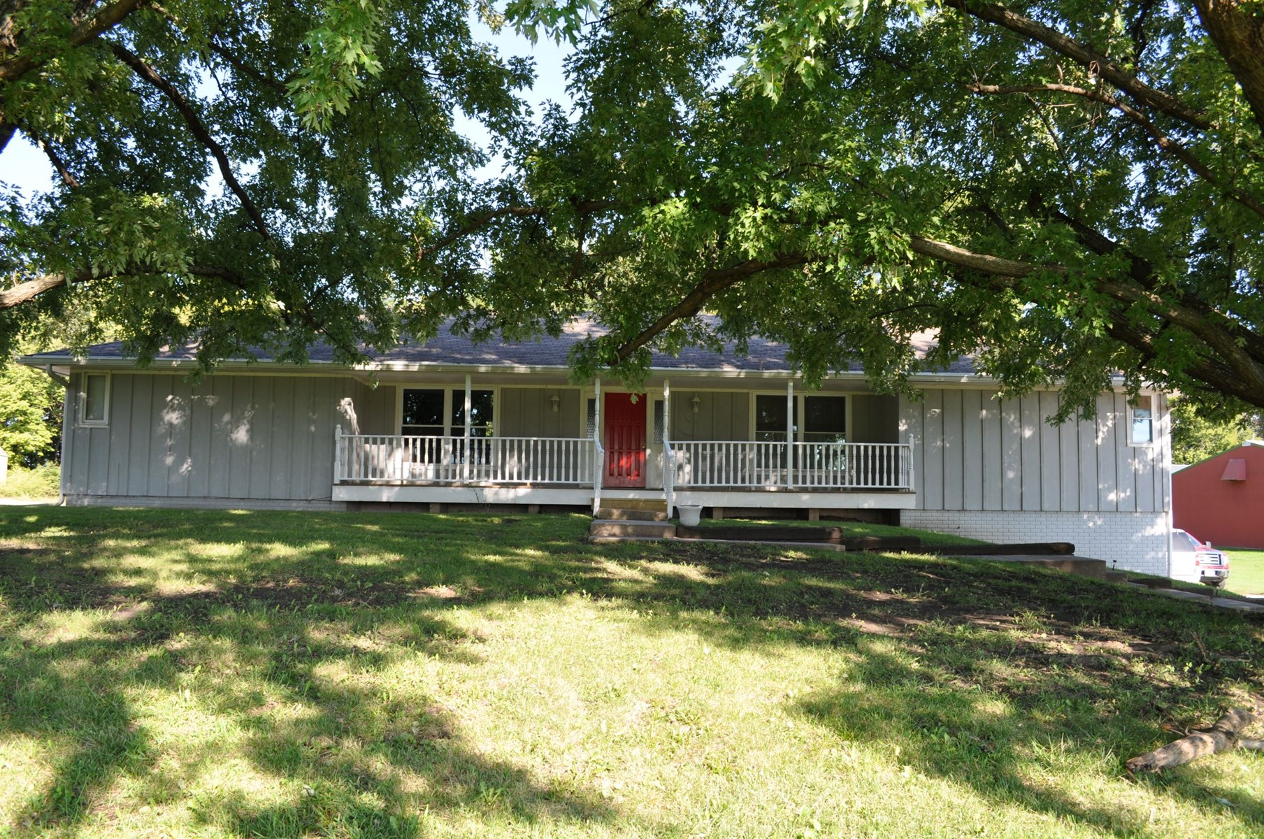 Nice Duplex, Possible Single Family Home, North of King City