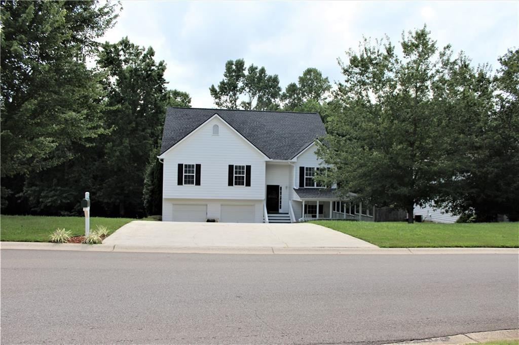 Mountain Home for Sale in Talking Rock