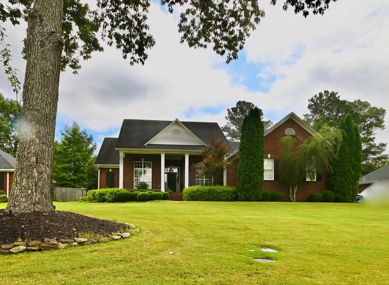 Beautiful Home Located in Hartselle