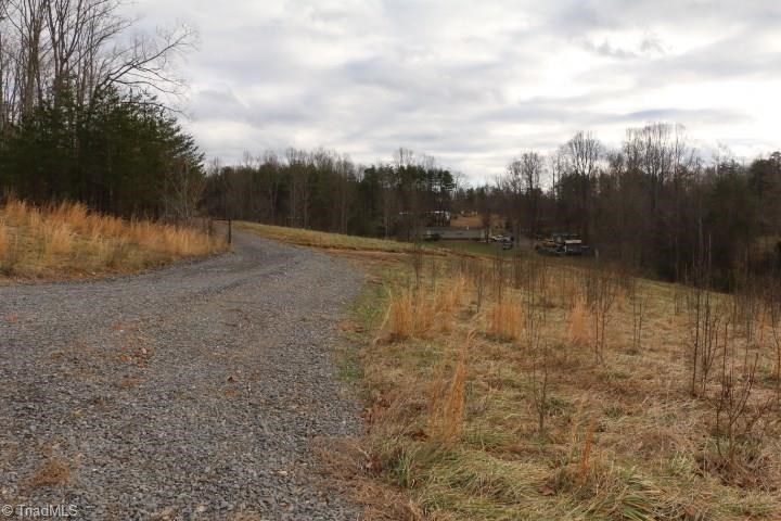 Land For Sale In Pinnacle North Carolina 27043
