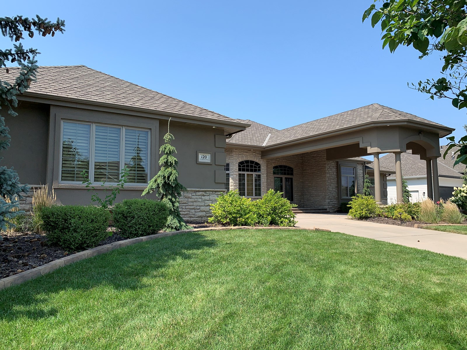 NEBRASKA LUXURY GOLF COURSE HOME - MIKE CERNY UNITED COUNTRY