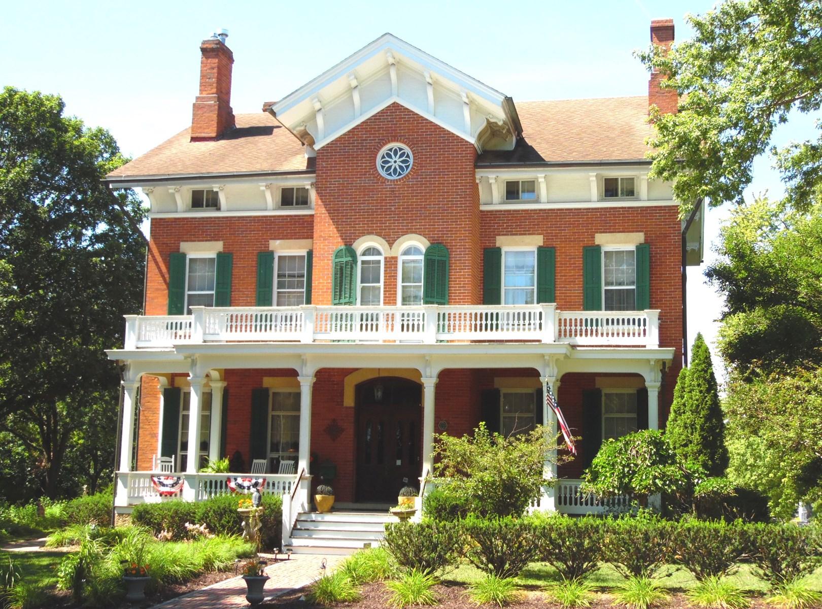 Historic Bed & Breakfast in Galena IL