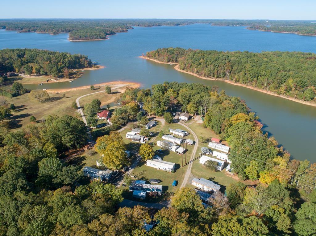 Income Opportunity On Kerr Lake, VA