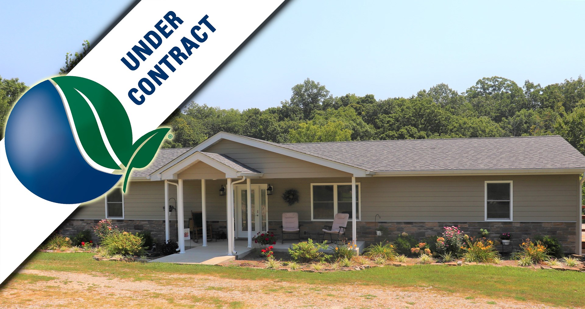 Beautifully Updated Family Home in Warren County for sale!