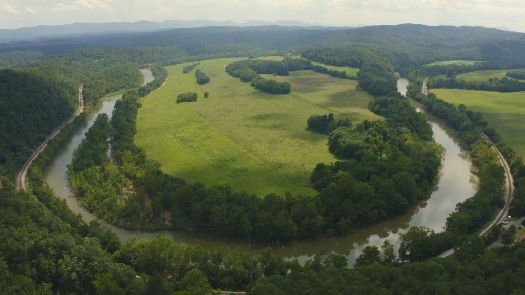 Riverfront Farmland for Sale in Eagle Rock VA