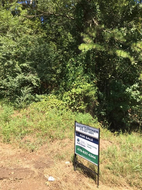 13.47 wooded Acres more or less! Parks, Arkansas