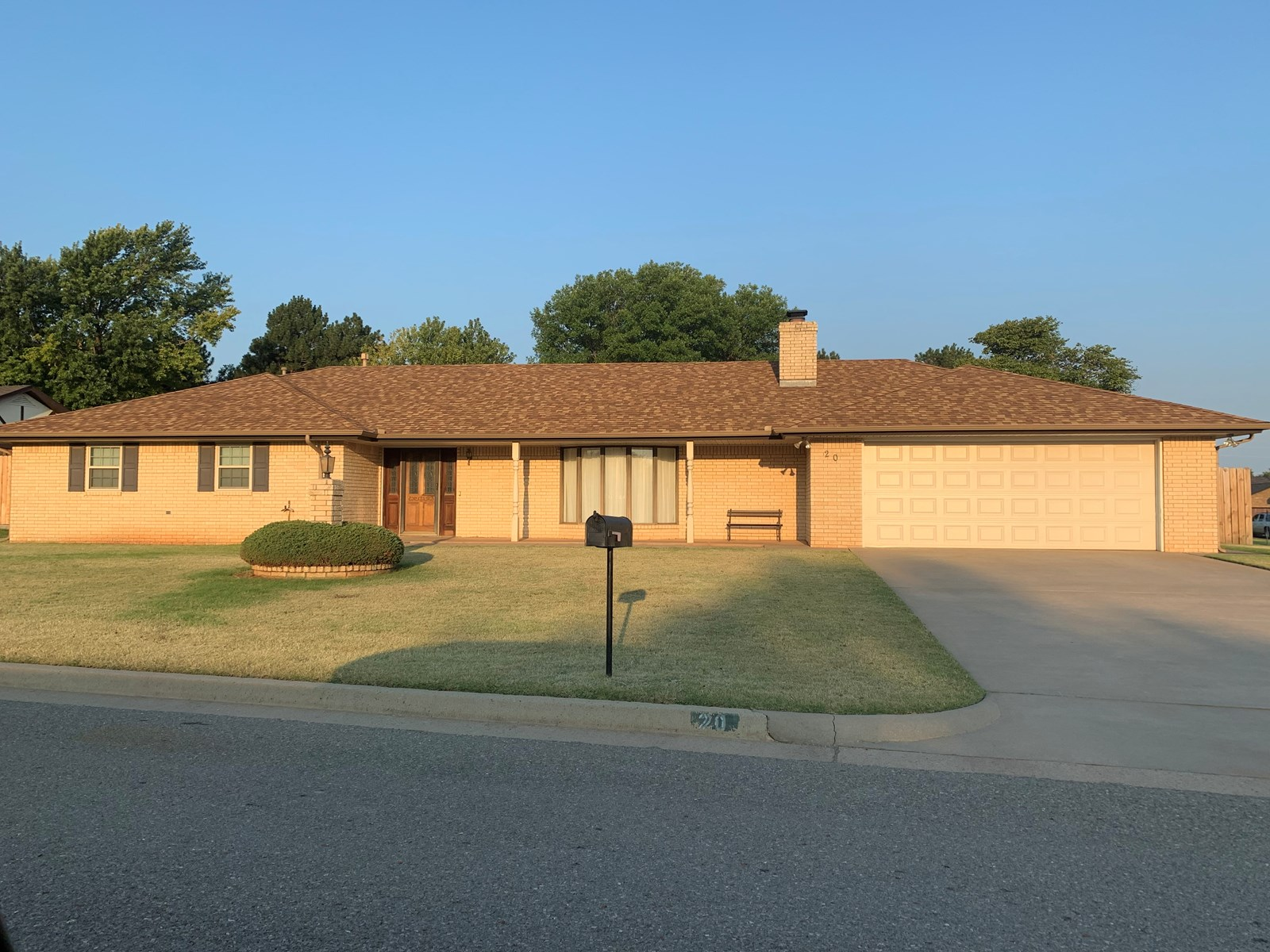 Clinton, OK Home for sale in Custer County, Western Oklahoma
