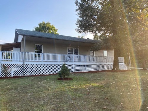 Country home on small acreage in Arkansas for sale