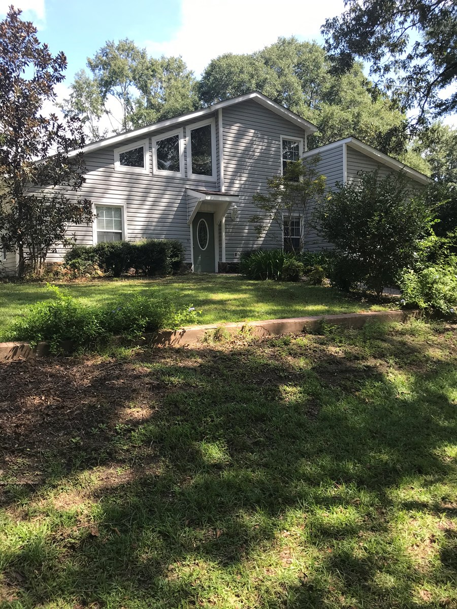 Home in town For Sale Dothan, Alabama
