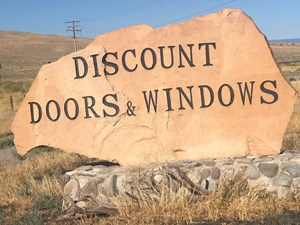 COLORADO LAND AND HOMES WITH BUSINESS FOR SALE 138 ACRES