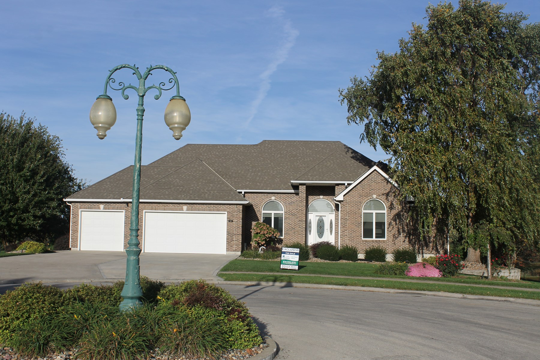 GOLF COURSE VIEW HOME FOR SALE IN CAMERON MO