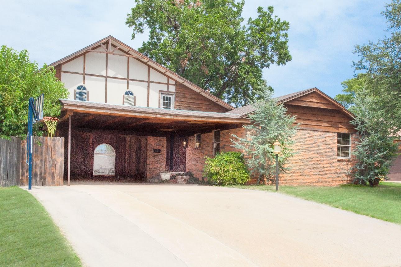 Clinton, Oklahoma Home For Sale