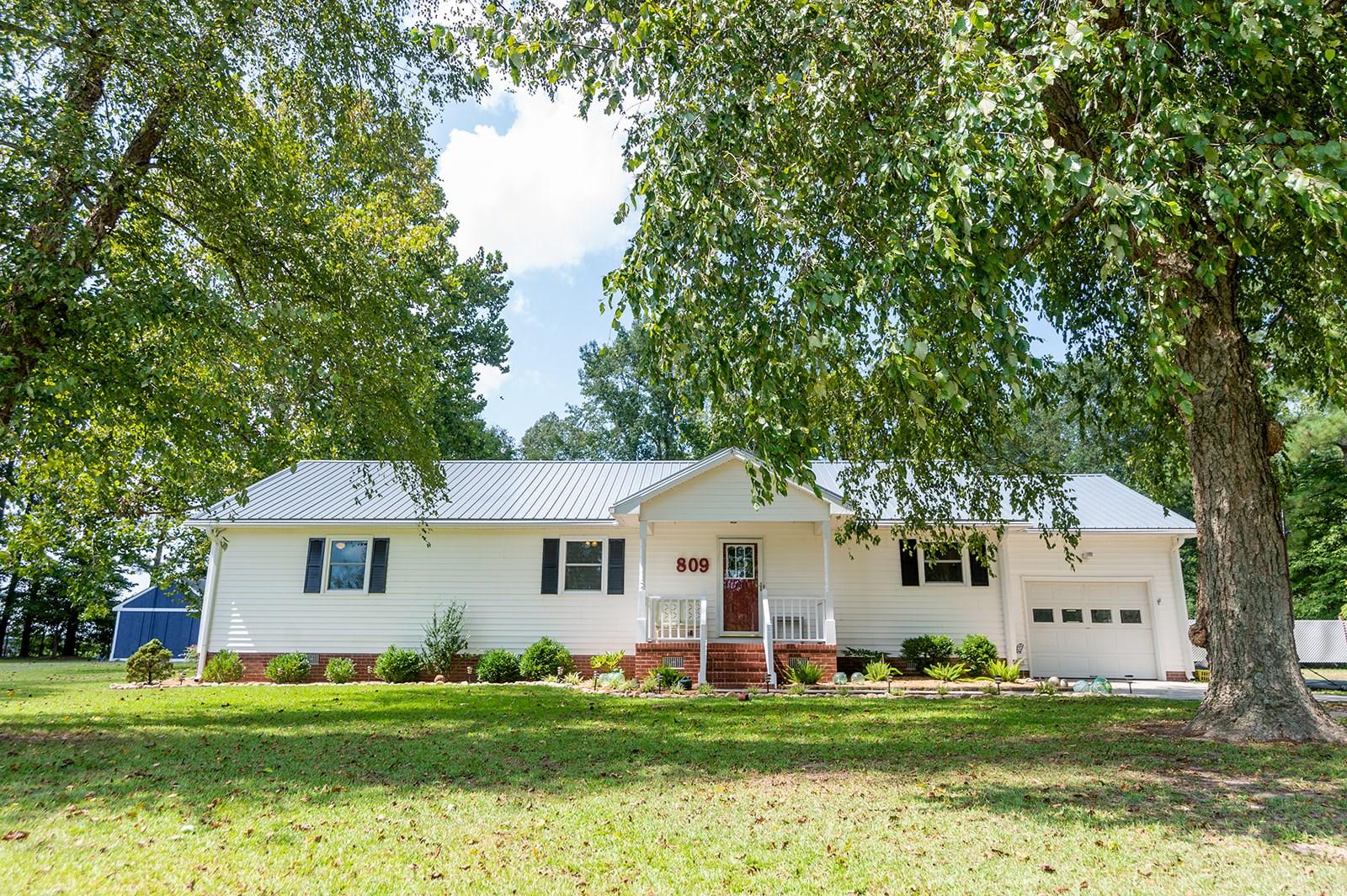 Chowan County Home in Tyner NC