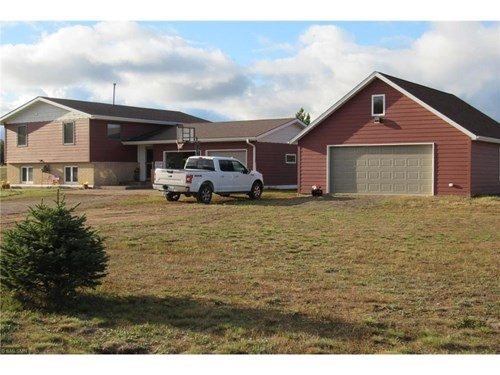 Sturgeon Lake Home For Sale