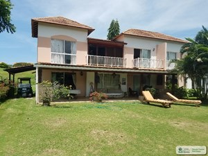 BEACH AND GOLF TOWNHOUSE FOR SALE AND RENT IN PANAMA