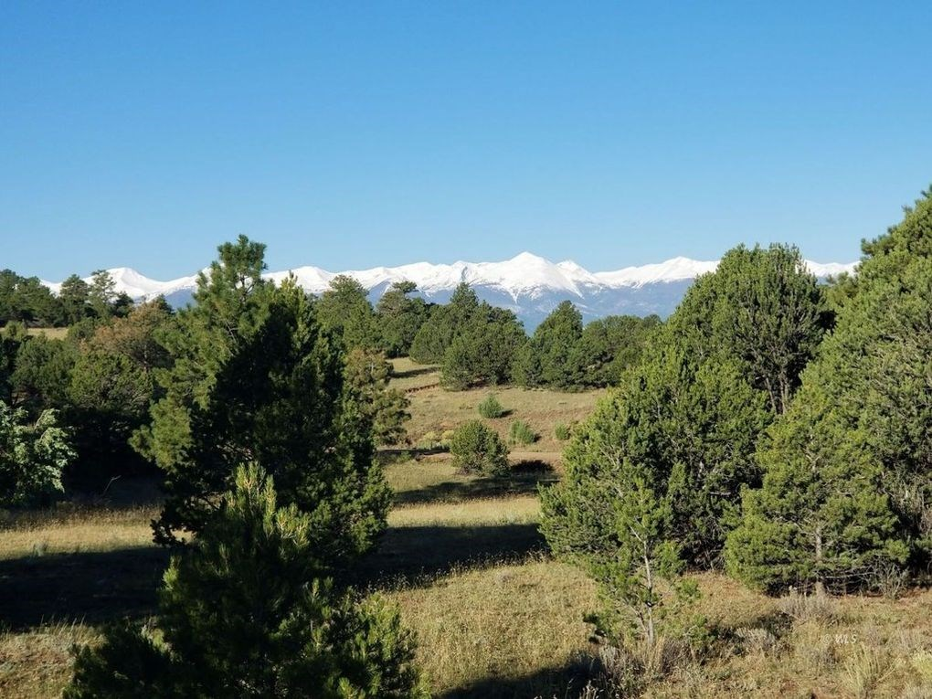 Large Mountain Lot in Gated Community