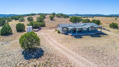 Rural Country home, Large Acreage , Seligman
