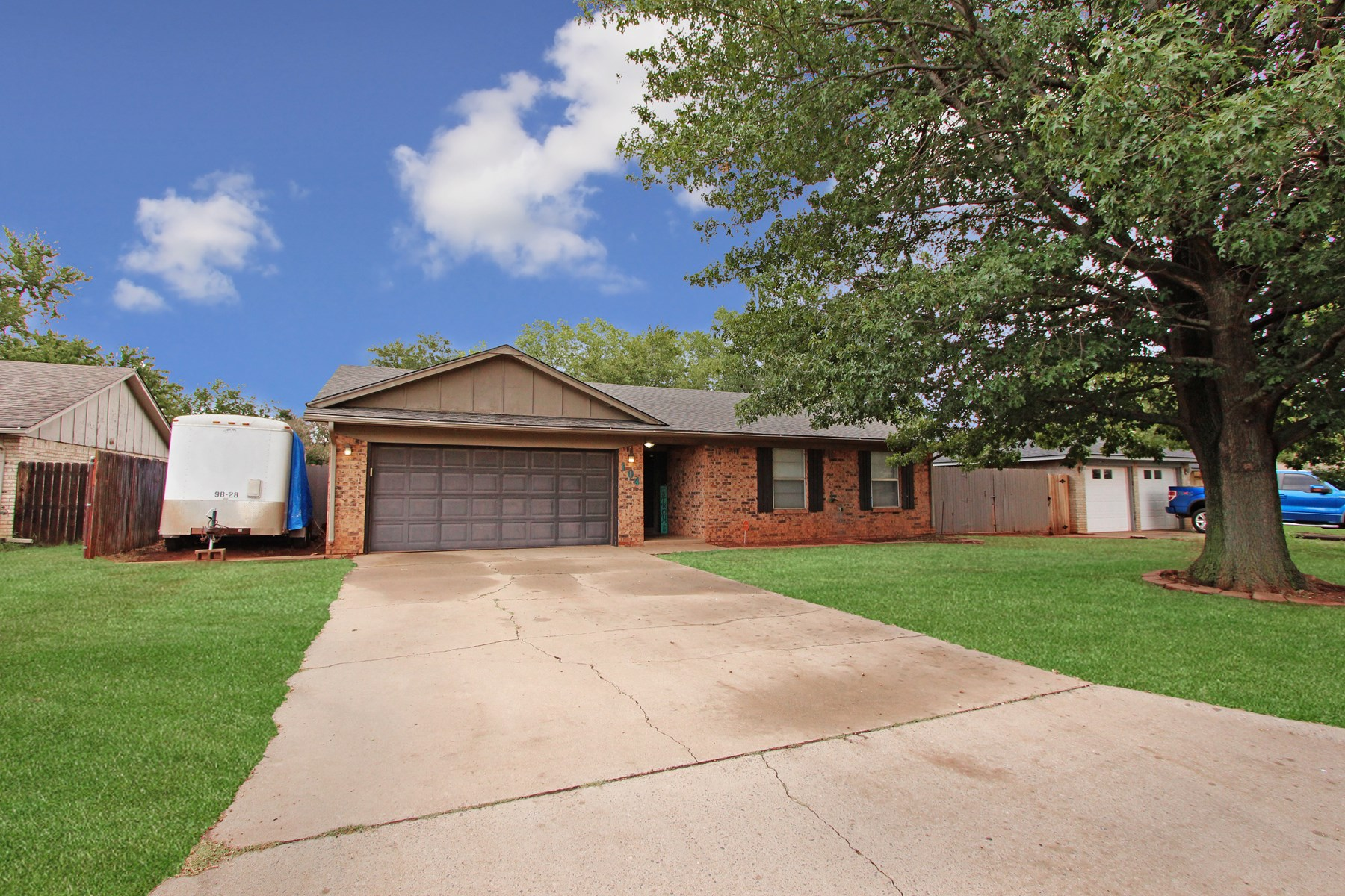 3 bed 2 bath home located in Elk City, OK