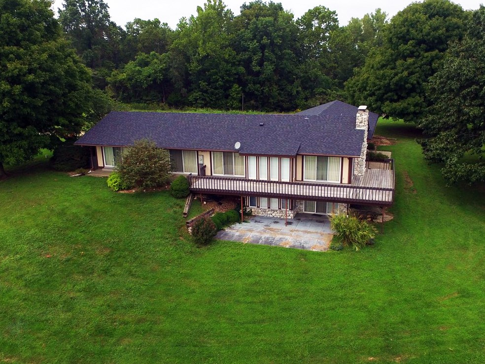 Vintage Luxury Country Home & Acreage For Sale in Morrison!