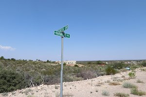 SCENIC LOT IN HISTORICAL TOMBSTONE