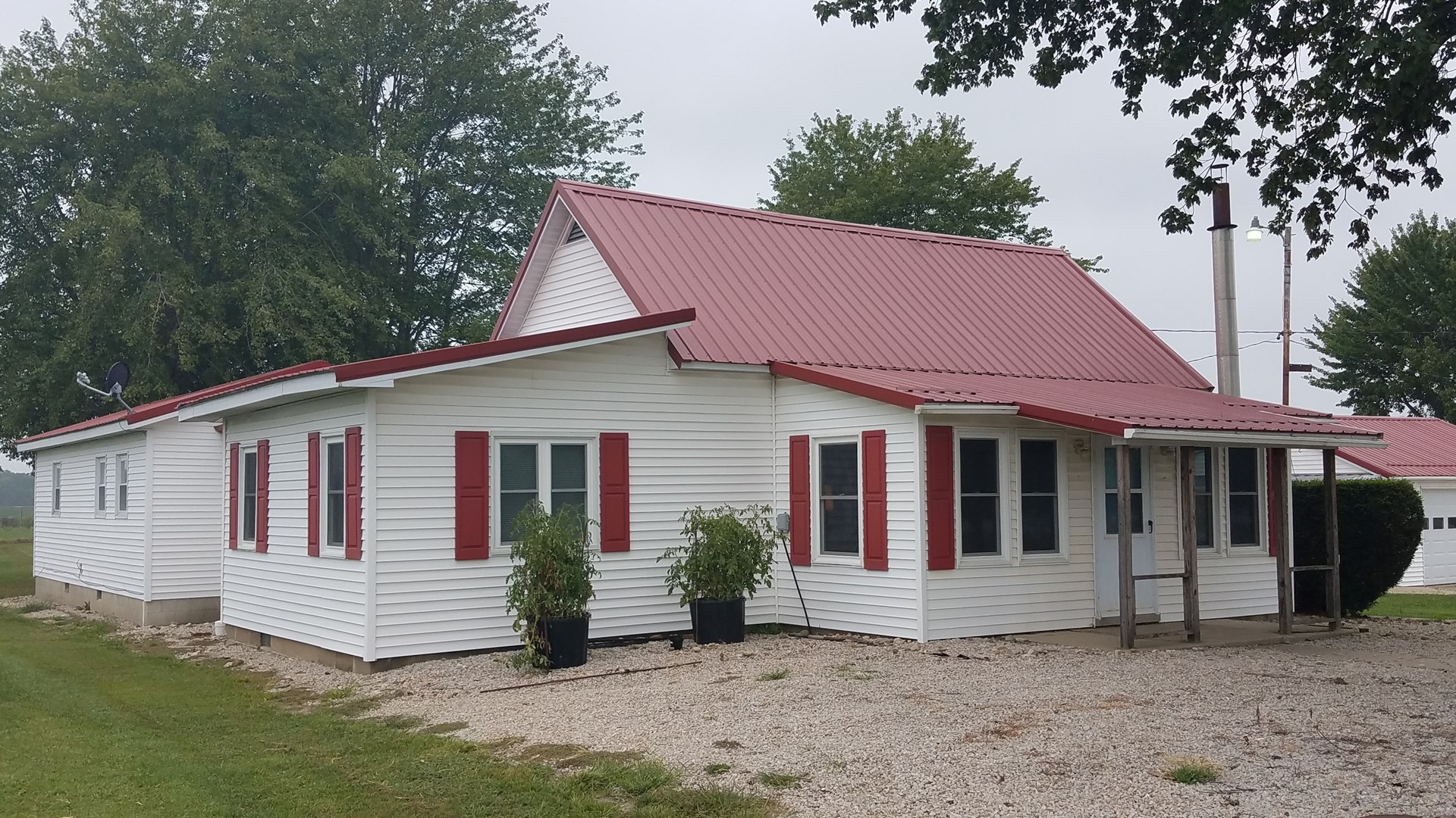 3 Bedroom, 1 Bath Country Home