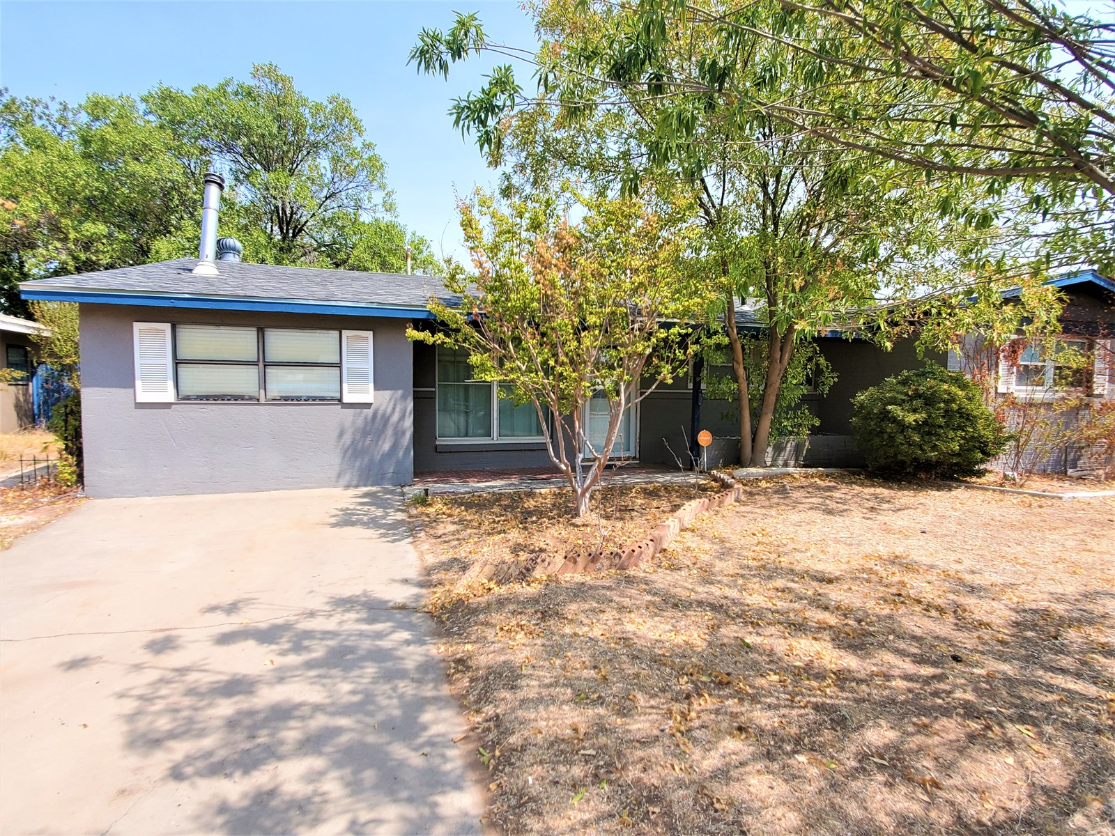 Spacious 4 Bedroom Home In Monahans, Texas!