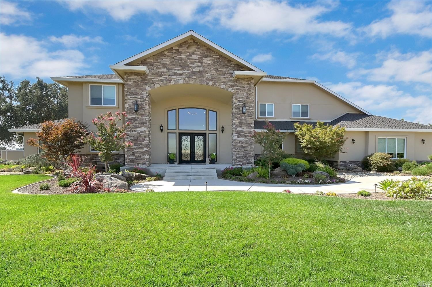 Luxury Northern California Homes & Orchards For Sale