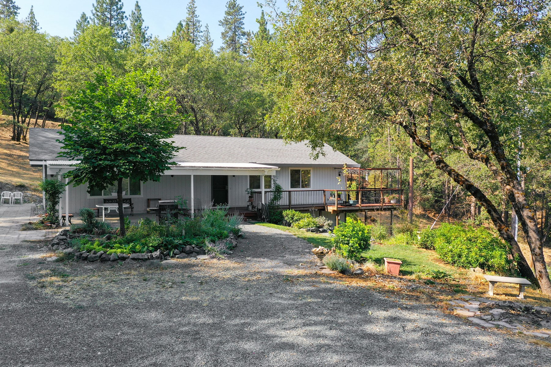 Country Home for Sale within 5 minutes of Nevada City, Ca