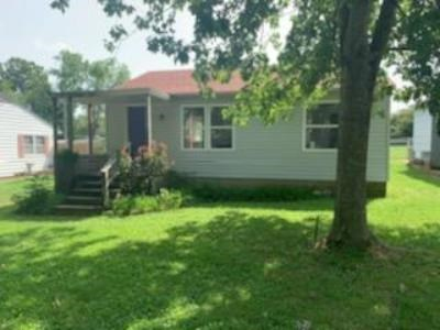 Home on Quiet Lot in West Plains