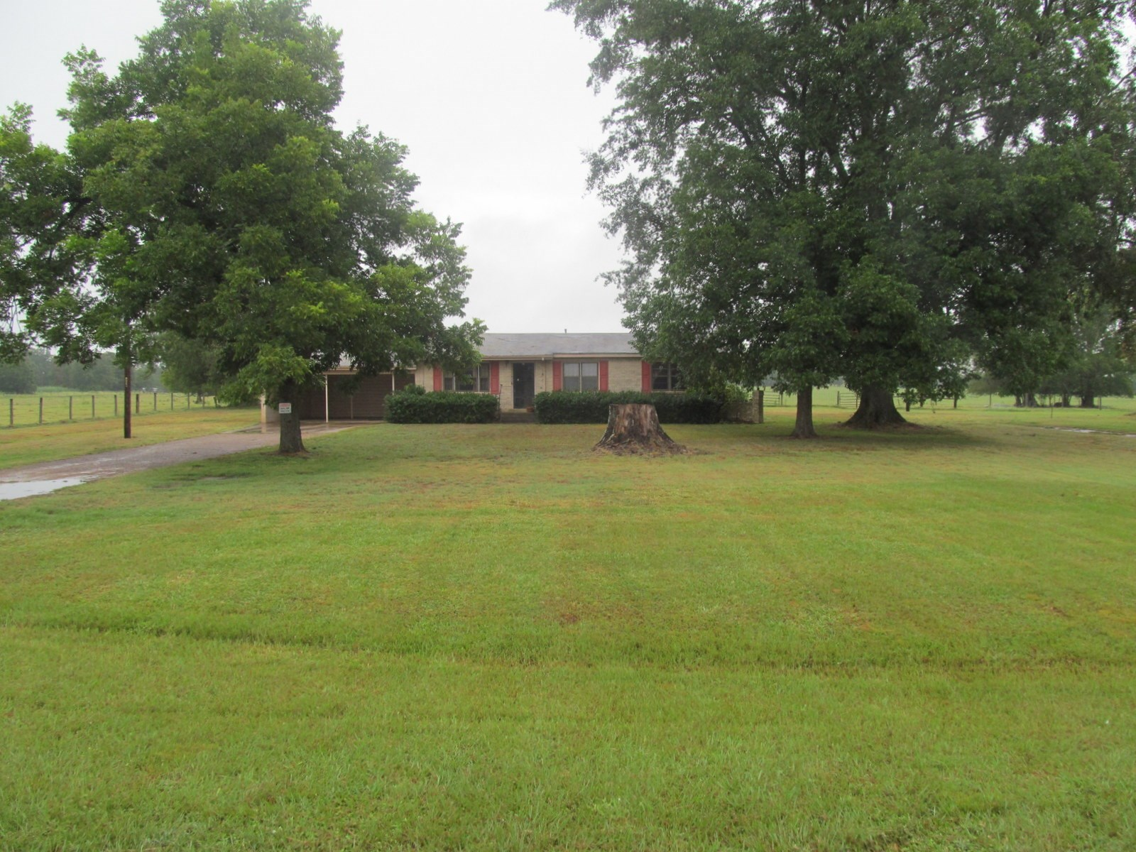 11 +/- EAST TEXAS ACRES + 3BR-1BA HOME - WINNSBORO TX
