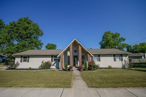 Country Home for Sale | Ellettsville, IN