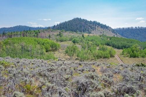 Mountain land, recreational property