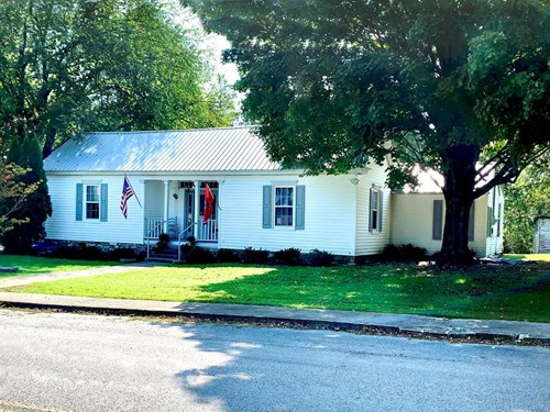 153 W Main St Liberty TN 37095