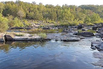 CAMPING LOT WITH RIVER ACCESS