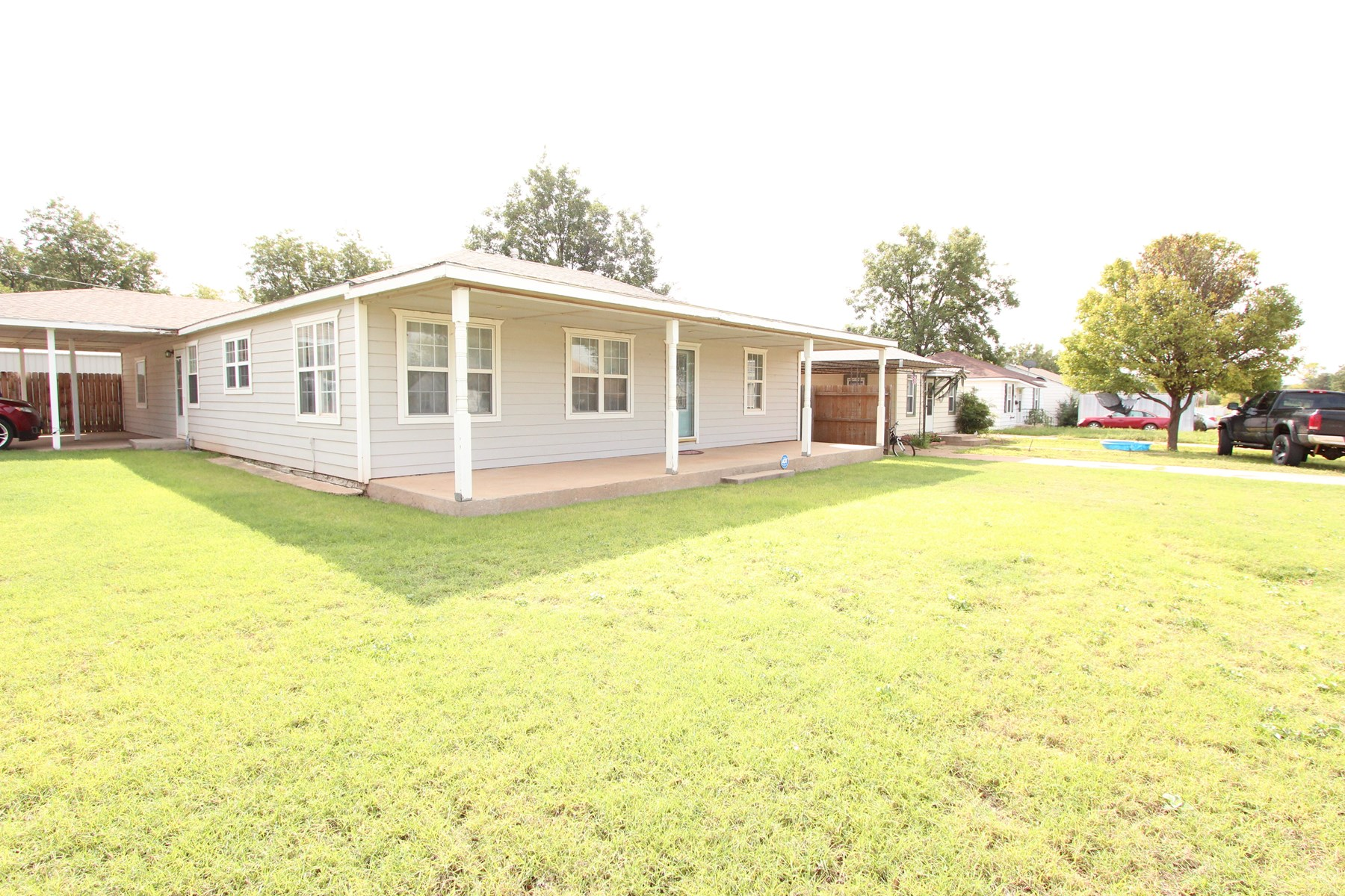 FOR SALE FABULOUSLY REMODELED HOME IN WESTERN OKLAHOMA