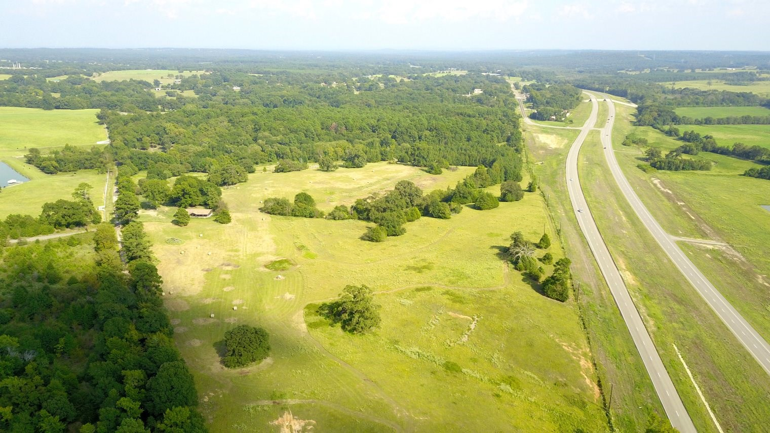 MULTI-PURPOSE LAND WITH BARN & CORRAL FOR SALE IN EAST TX
