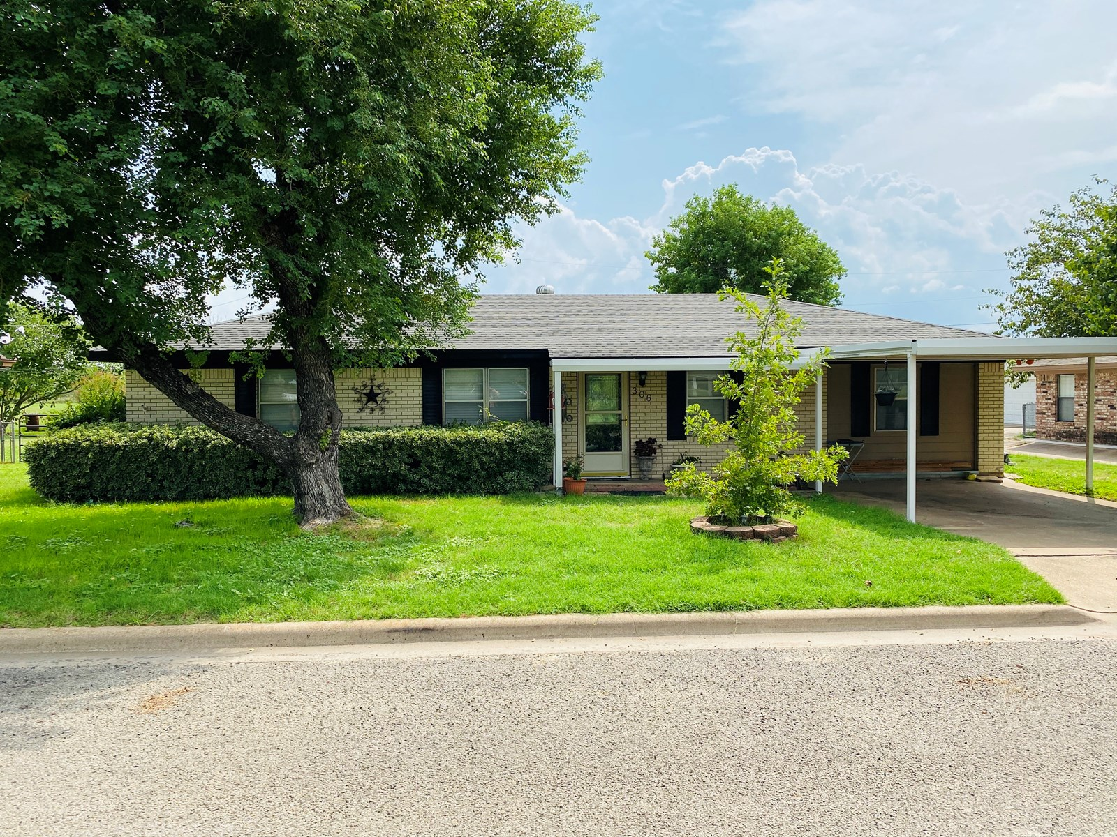 Home For Sale Gatesville Texas Shop Remodeled