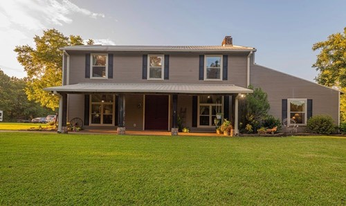 Country Home For Sale In Hallsville!