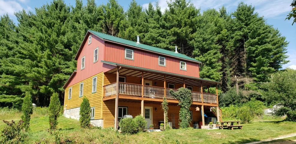 Country home on 19.46  acres for sale Vernon County, WI
