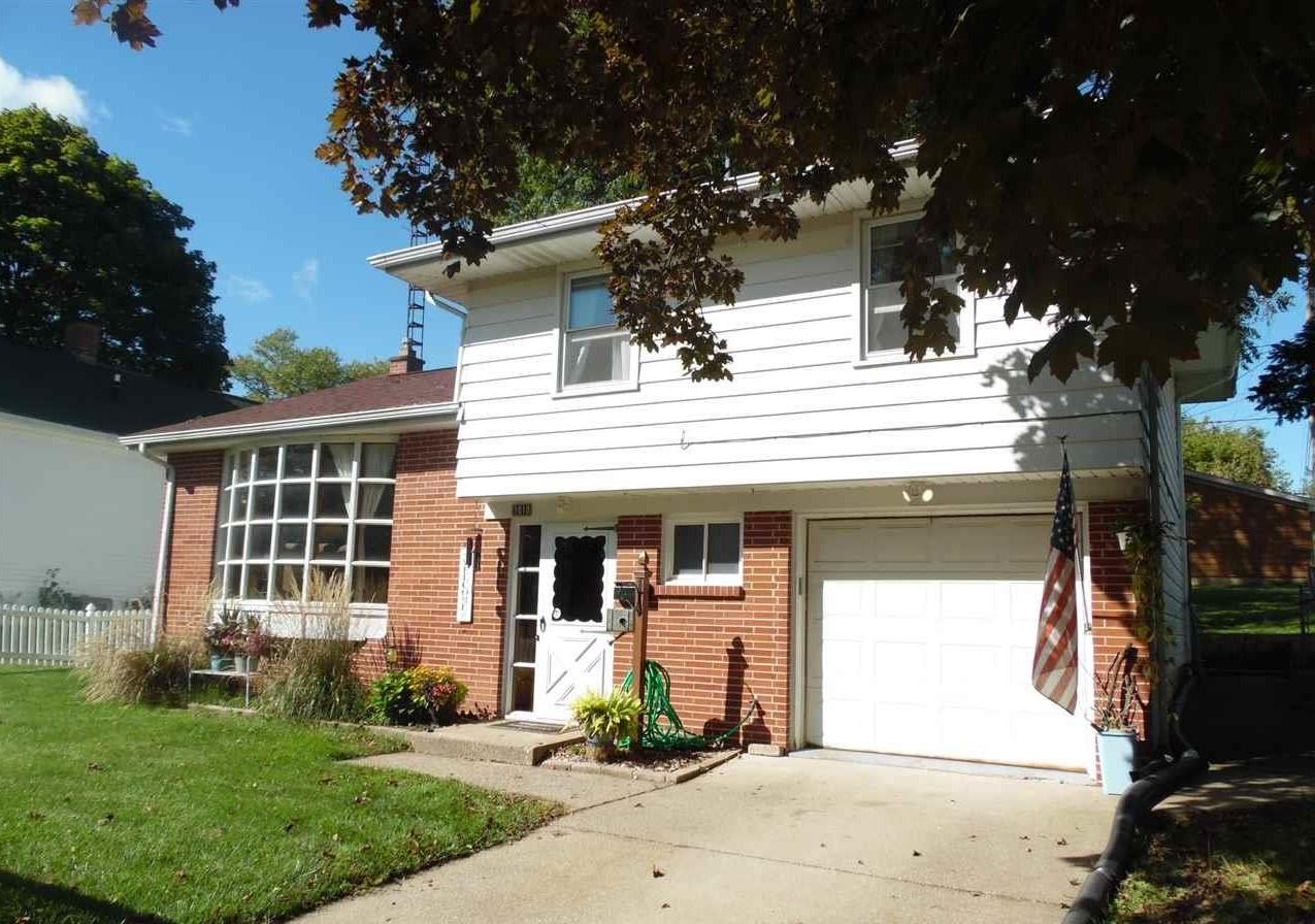 Home near Galena Schools for sale