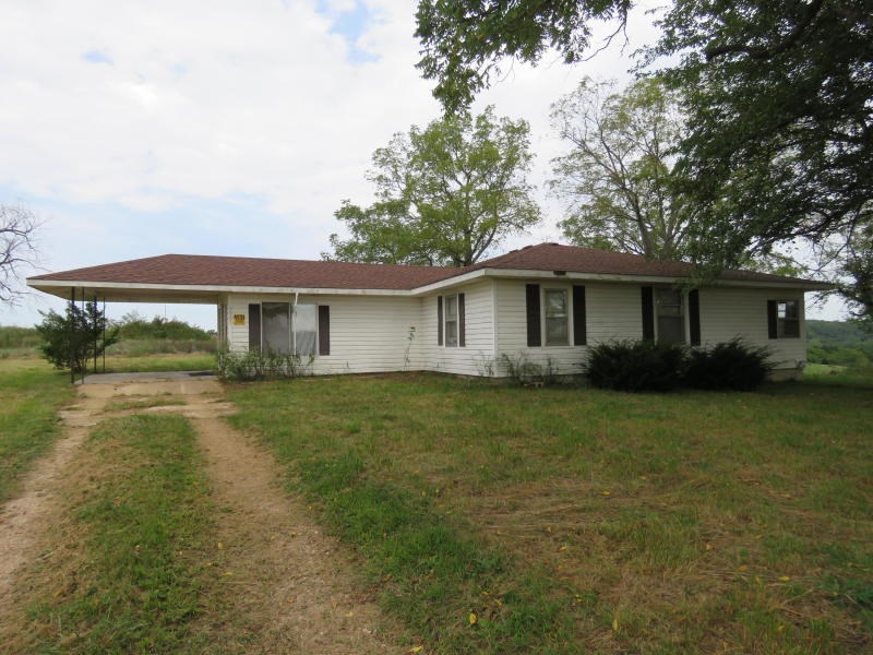 Country Home for sale near Mountain Grove, MO